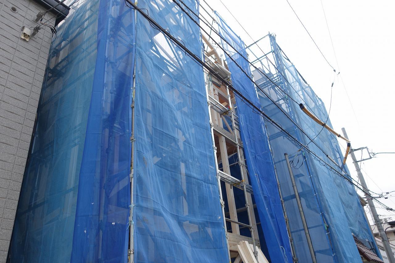 東久留米市・世田谷区の注文住宅は株式会社アイケーホームへ『豊島区長崎プレミアム魔法びんの家』上棟しました